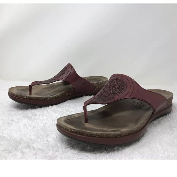 8e20a51e86f Dansko Shoes - Dansko Priya Red Leather Thong Sandals Size 41 10